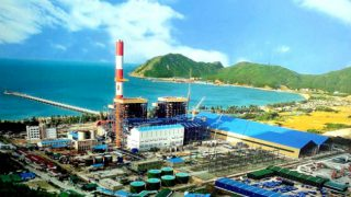 """Taiwanese firm to pour $2.5 bln into """"fish death"""" controversial Vietnamese industrial zone"""