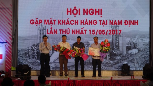 Conference of building contractors in Nam Dinh on 15/05/2017
