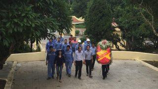 Nhà máy Xi măng Long Sơn tới dâng hương tại Đài tưởng niệm các thương binh liệt sĩ Bắc Sơn, Tx. Bỉm Sơn 27/07/2017