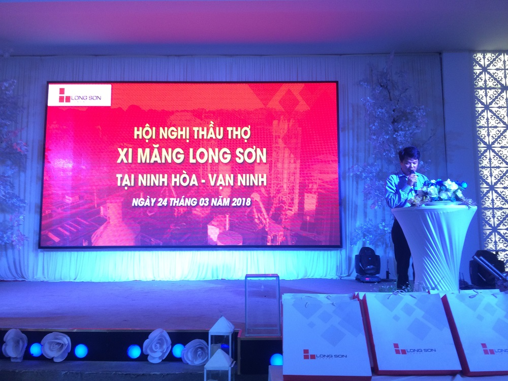 Hội nghị Nhà thầu xây dựng tại Vạn Ninh, Khánh Hòa ngày 24.03.2018.