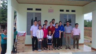 Công ty Xi măng Long Sơn – Trao tặng Nhà Tình Nghĩa cho Gia đình có hoàn cảnh khó khăn.