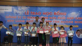 Xi măng Long Sơn – Trao tặng 100 suất học bổng khuyến học năm 2018.