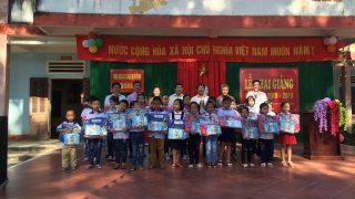"""Xi măng Long Sơn – Tiếp nối chuỗi hoạt động """" Xi măng Long Sơn – cặp sách cùng em đến trường"""""""