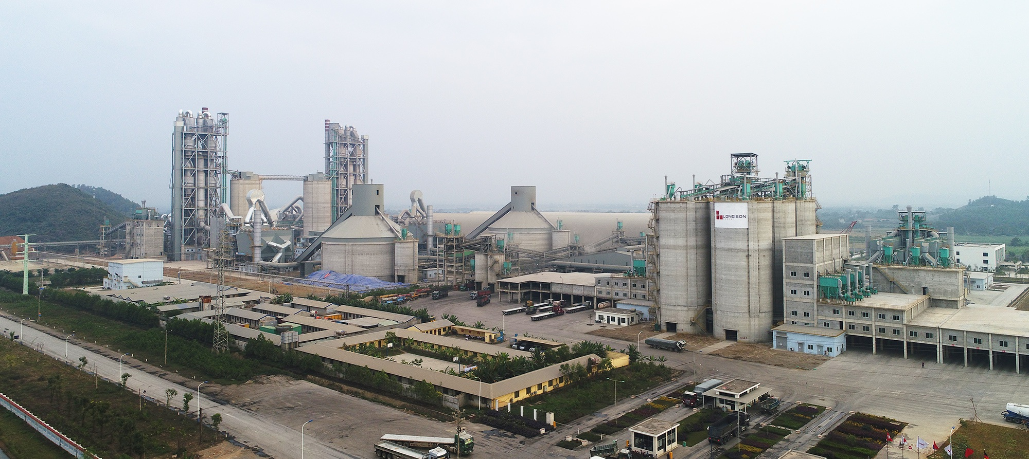 Lợi ích to lớn từ việc tận dụng nhiệt dư sản xuất xi măng để phát điện tại xi măng Long Sơn