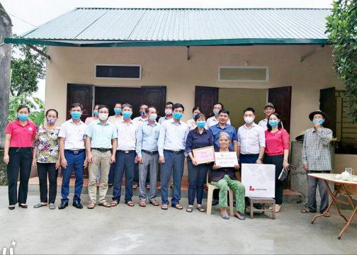 Công ty Xi măng Long Sơn trao tặng nhà tình thương cho các hộ nghèo địa bàn tỉnh Thanh Hoá