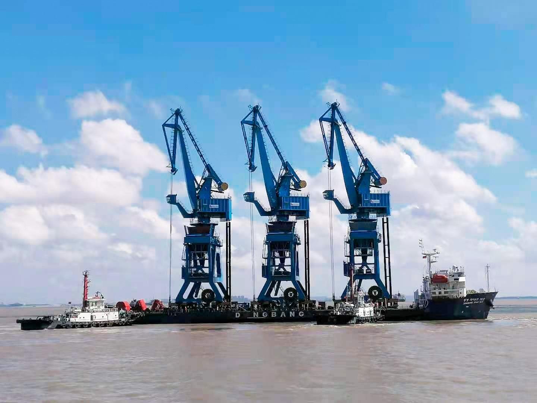 Công ty xi măng Long Sơn xây dựng Cảng tổng hợp Long Sơn Bãi Ngọc tại Khu kinh tế Nghi Sơn.